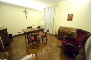 pope_apartment.jpg.size.xxlarge.promo